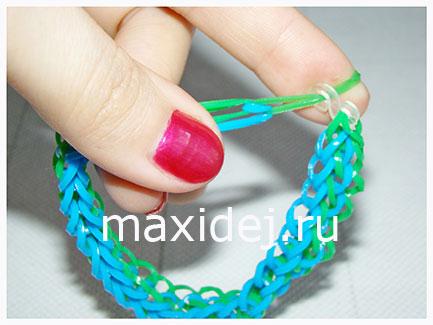 как закончить браслет из резиночек