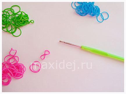 braslet-iz-rezinok-pereplety-na-kryuchke1