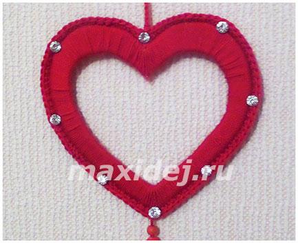 как сделать сердечки из ниток