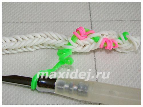 braslet-iz-rezinok-cvetushhaya-liana17