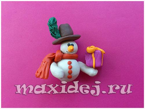 как слепить снеговика из пластилина
